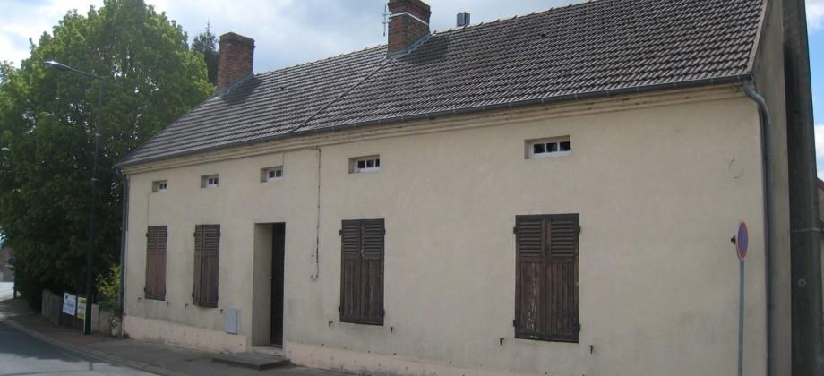 Maison à rénover Creuzier le Vieux