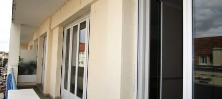F2 hyper centre, balcon, TBEG