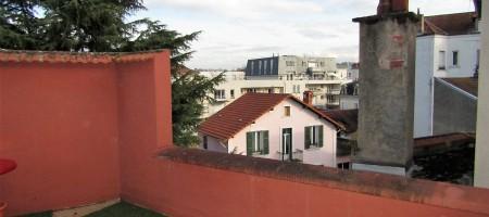 Dernier étage, terrasse de 15m²