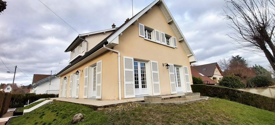 EXCLU – Très belle maison traditionnelle