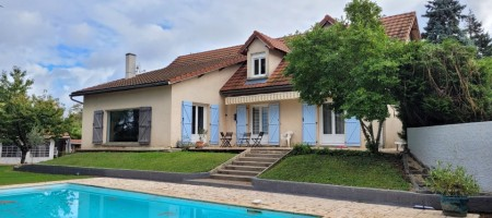 Grande maison traditionnelle